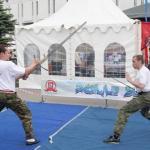 Элемент спаринга шпага против меча